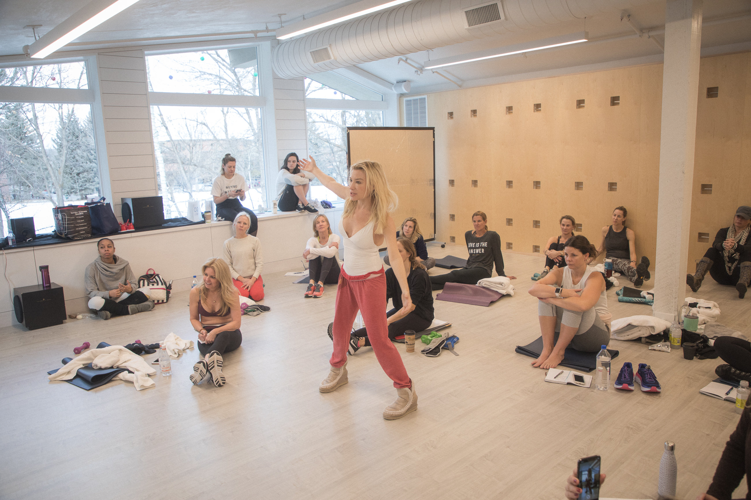 online workouts Archives - Tracy Anderson